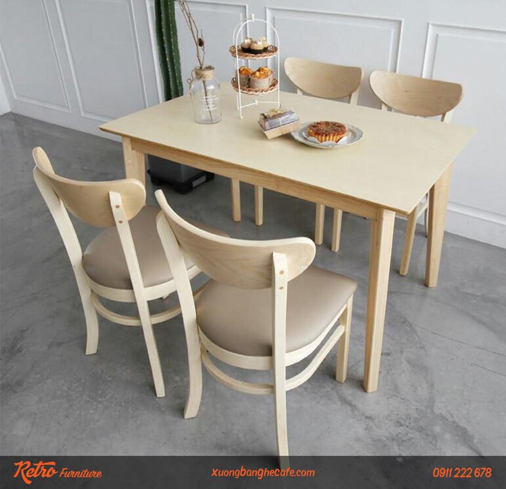 Bàn ghế cafe gỗ phù hợp mọi không gian