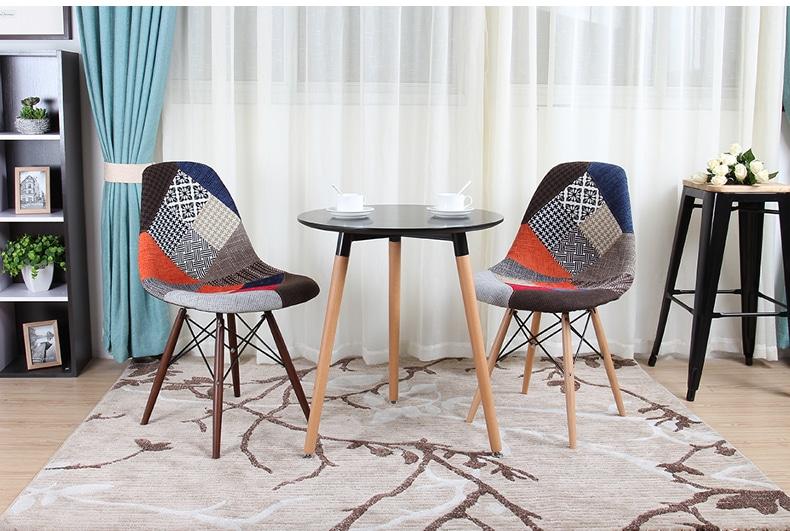 ghế eames - dòng ghế nhựa chân gỗ bọc thổ cẩm