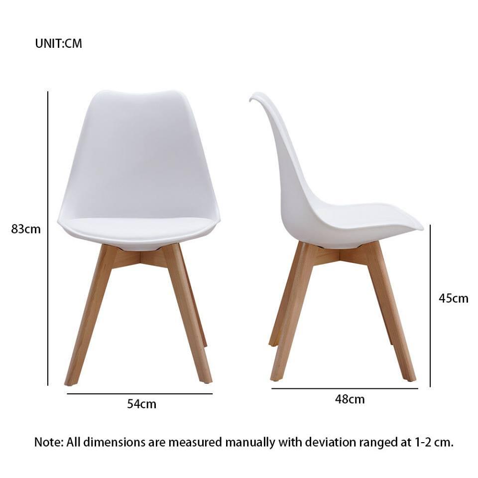 Ghế cafe có phần đế ngồi chiều cao 42cm – 45cm kết hợp với mặt bàn từ 70cm – 75cm sẽ giúp khách hàng ngồi rất thoải mái