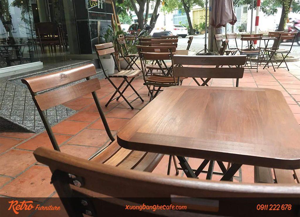 ghế xếp chân sắt mặt gỗ đẹp