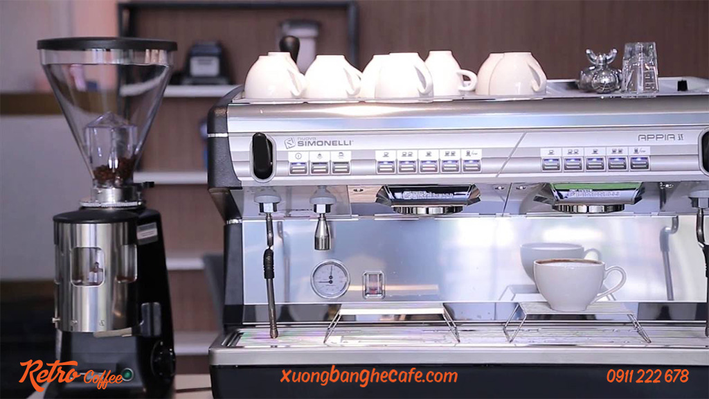 máy pha cafe nuova simonelli appia II 2 group