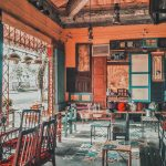 Không gian cafe đậm chất cổ điển với bộ bàn ghế Vintage