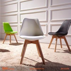 Mẫu bàn ghế cafe nhựa chân gỗ bọc đệm
