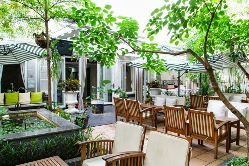 Cafe sân vườn đang là xu hướng hot nhất hiện nay.