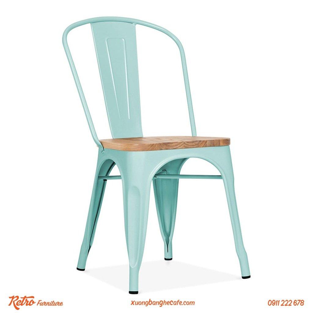 Ghế sắt mặt gỗ F05 với mặt gỗ ELM nhìn sang hơn hẳn và tạo cảm giác thoải mái cho người sử dụng.