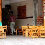 Lựa chọn và thiết kế bàn ghế quán cafe cóc, quán cafe nhỏ