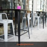 Ghế bar cafe: Điểm nhấn trong nội thất quán cafe