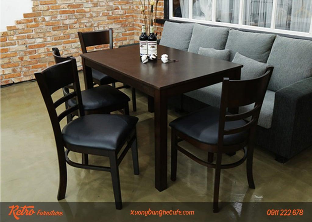 Mẫu bàn ghế cafe gỗ cao su bền, đẹp