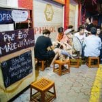 Kinh doanh cafe: Bạn nên bắt đầu từ quán cafe Cóc?
