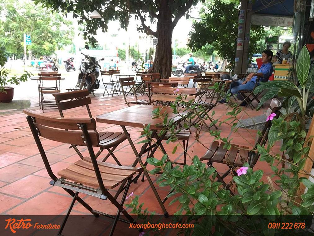 Ghế xếp dễ bắt gặp tại nhiều quán cafe