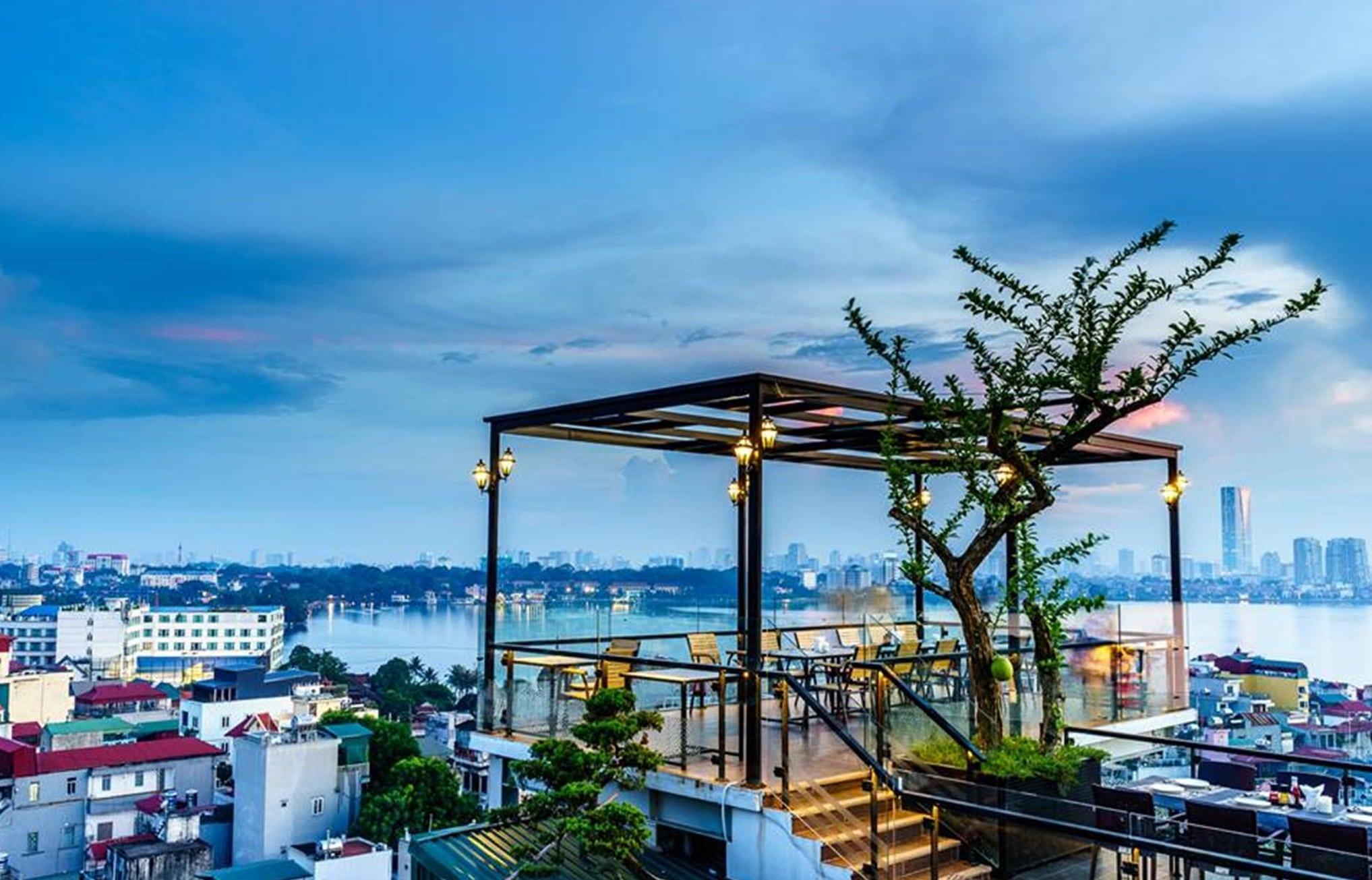 Thiết kế quán cafe trên cao đầy ấn tượng