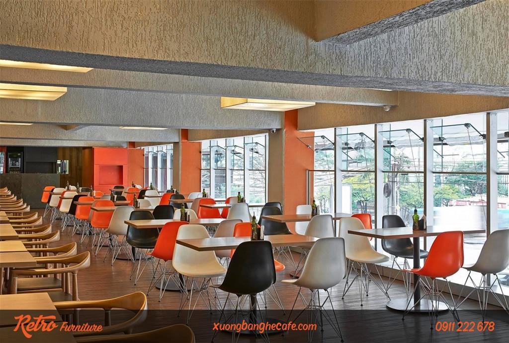 Mẫu ghế nhựa chân sắt yêu thích của nhiều quán cafeMẫu ghế nhựa chân sắt yêu thích của nhiều quán cafe