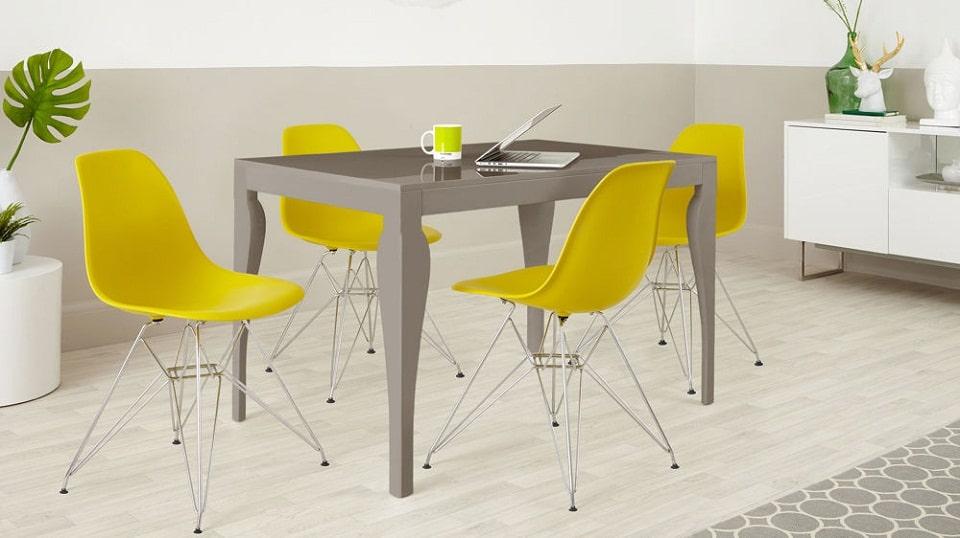 Phong cách trẻ trung, năng động thì ghế nhựa chân sắt là lựa chọn tuyệt vời