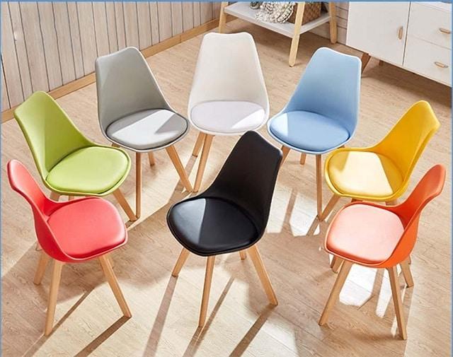 Xưởng bàn ghế cafe Retro luôn có những mẫu bàn ghế nhựa cafe rất ấn tượng