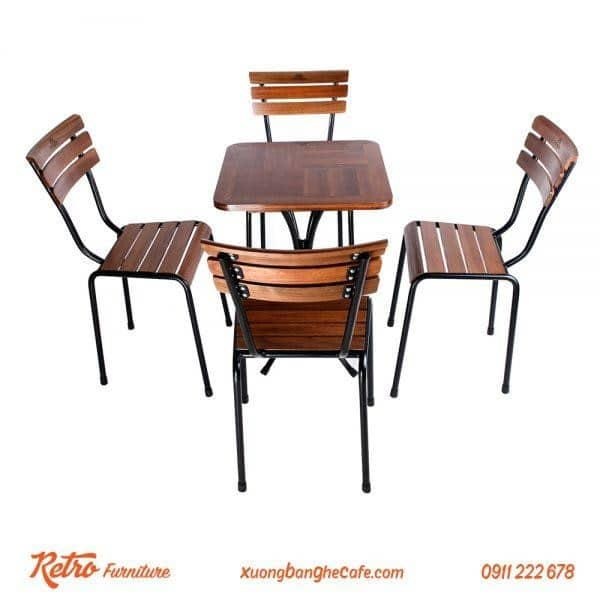 Bàn ghế gỗ khung sắt đẹp, chắc chắn
