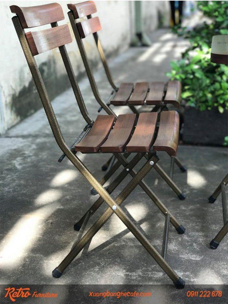 Bàn ghế gỗ xếp có độ bền cao