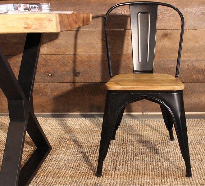 Hoài cổ với ghế sắt sơn tĩnh điện giả gỗ
