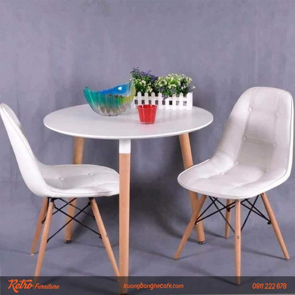 Ghế eames da cúc phù hợp bài trí ở quán cafe, nơi làm việc