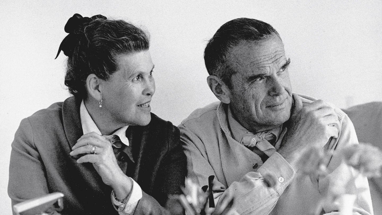 Vợ chồng Charles và Ray Eames