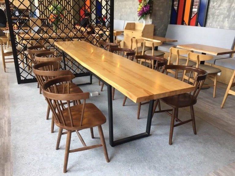 Bàn ghế gỗ phong cách cổ điển