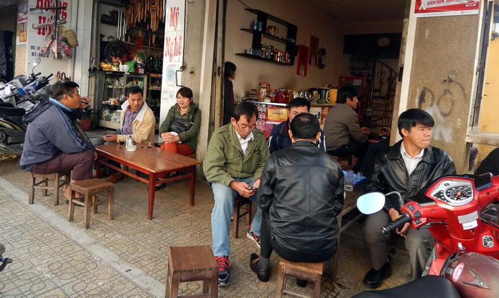 Cà phê vỉa hè – xu hướng khởi nghiệp quán cà phê hiện nay